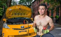 Foto: Iekārojamākie Ņujorkas taksisti pozē kalendārā