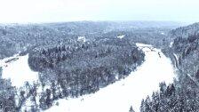 Skats uz ziemīgo Siguldu no gaisa