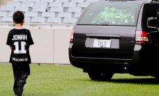 Pēdējā haka 'All Blacks' leģendai Džonam Lomu