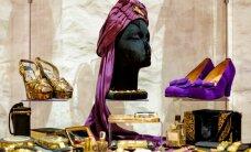 Foto: Pagātnes elpa, leģendas un modes burvība - Aleksandra Vasiļjeva ekskluzīvā tērpu izstāde 'Ielūgums uz gadsimta balli'