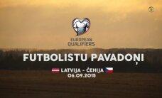 Video: Kā mazie futbola censoņi izveda laukumā Latvijas un Čehijas spēlētājus
