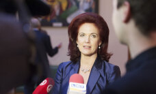 Āboltiņa valdības stabilitāti saista ar budžetu; Straujuma kolēģu uzticību nav zaudējusi