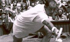 Izvarošanā apsūdzēto Bobu Hjūitu izslēdz no tenisa Slavas zāles