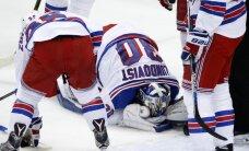 'Rangers' Stenlija kausa ievadā piedzīvo zaudējumu un paliek bez Lundkvista