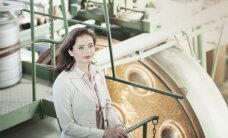 Gudru sieviešu šarms fotoizstādē Latvijas Universitātē