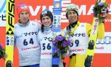 Norvēģijas tramplīnlēcējiem Fannemelam un Forfangam dubultuzvara Pasaules kausa sacensībās