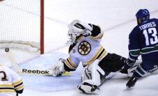 NHL Stenlija kausa fināls iesākas ar drāmu