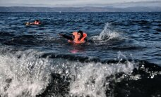 Imigranti mēģina peldus no Grieķijas salas atgriezties Turcijā