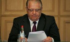 Andris Bērziņš: Kamēr deputāti sola domāt valstiski, ceļi turpina brukt
