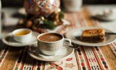 Kafijas tase apkārt pasaulei – kā uzmundrinošo dzērienu pasniedz dažādās valstīs