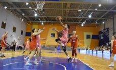Putniņa pēdējās sekundēs atnes Latvijas izlases basketbolistēm uzvaru pārbaudes spēlē pār Baltkrieviju