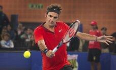 Federers pārspēj Džokoviču un septīto reizi triumfē Sinsinati 'Masters' turnīrā