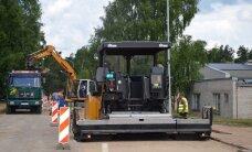 Uz autoceļiem turpinās aktīvi remontdarbi; daudzviet jārēķinās ar sastrēgumiem