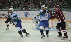 Novājinātais Rīgas 'Dinamo' bezzobaini zaudē Minskā