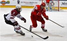Latvijas U-18 hokejisti dramatiskā cīņā nosargā vietu elitē