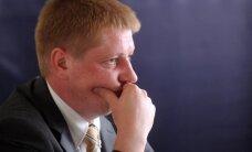'airBaltic' iespējamos 'preciniekus' atbaida daudzās tiesvedības, atzīst Matīss