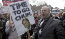 ВИДЕО: В Лондоне прошел многотысячный митинг с требованием отставки Кэмерона