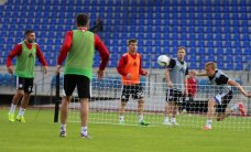 Foto: Latvijas futbolisti briest cīņām pret turkiem un čehiem
