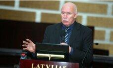 Апинис: Белевич покрушил медицину, как слон в посудной лавке
