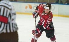 Jēkabs Rēdlihs nepalīdzēs Latvijas hokeja izlasei ģimenes apstākļu dēļ