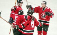 Kanādas izlase pārspēj Čehiju