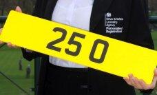 Lielbritānijā visdārgākā auto numurzīme – '25 O'