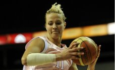 Latvijas sieviešu izlases spēlētāja Putniņa var atsākt trenēties