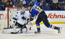 Sentluisas 'Blues' uzvar Sanhosē 'Sharks' pirmajā NHL Rietumu konferences finālspēlē