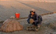 Afgāņu migrantiem jāpaliek dzimtenē un tā jāatjauno, paziņo Vācijas ministrs