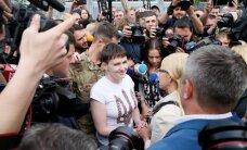 Savčenko ierodas Ukrainā; iemainīta pret Krievijas virsniekiem