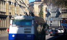 Vecgadā un Jaungadā Rīgas sabiedrisko transportu var izmantot bez maksas