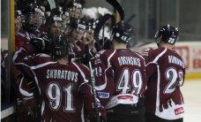 'Rīgas' hokejisti dramatiskā cīņā revanšējas 'Almaz' komandai