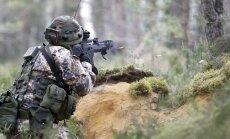 Latgalē noritēs karavīru un zemessargu mācības; aicina iedzīvotājus neuztraukties