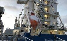 Foto: No Ķīnas atved 230 tonnas smagu turbīnu Rīgas HES