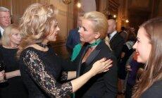 Foto: Kultūras gardēži atzīmē Opolais koncertu Rīgā
