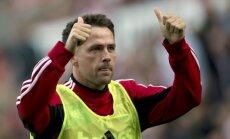 Anglijas futbola zvaigzne Maikls Ouens nolēmis beigt karjeru