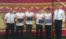 Latvijas skolnieki izcīna bronzas godalgas starptautiskajā fizikas olimpiādē Mumbajā