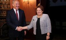 Ukrainā notiek karš, mēs nevaram skatīties un neko nedarīt, par sankcijām pret Krieviju saka Straujuma