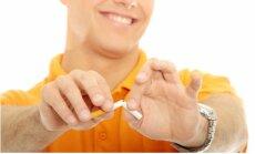 Tu noteikti pieņemsies svarā un citi mīti par smēķēšanas atmešanu
