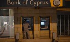 Ekonomisti: krievi Kiprā 'nobēdzinājuši' 30 miljardus dolāru
