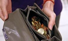 FM: 31,2% gadījumos sociāli apdrošināto iemaksas ir mazākas par valstī noteikto minimālo darba algu