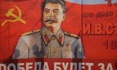 Krievijā 'uzvaras dienā' uzstādīs vairākus Staļina pieminekļus