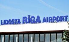 Министерство не планирует вмешиваться в ситуацию с такси у Рижского аэропорта