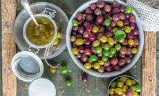 Ērkšķogas ziemas krājumiem: 7 receptes veselīgo dārza ogu ieburkošanai