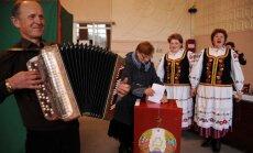 Aptauja: Lukašenko atbalstījuši vairāk nekā 80% vēlētāju