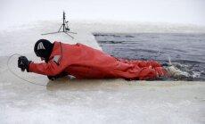 Glābēji palīdzējuši vairākiem ledū ielūzušiem cilvēkiem