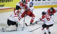 Čehija pēc miegaina spēles sākuma 'sausā' sagrauj Austriju