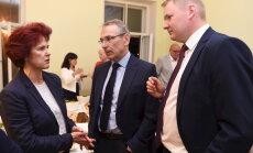 'Vienotība' pagaidām nelems par Saeimas frakcijas vadības maiņu