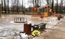 Foto: Vieta uzdzīvotājiem – Daugavgrīvas bērnu laukumiņš
