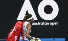 Vairāki 'Australian open' favorīti apstājas pirmajā kārtā